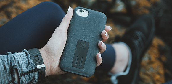 Lander Moab case for iPhone 6/6s/7/8 Plus in hand