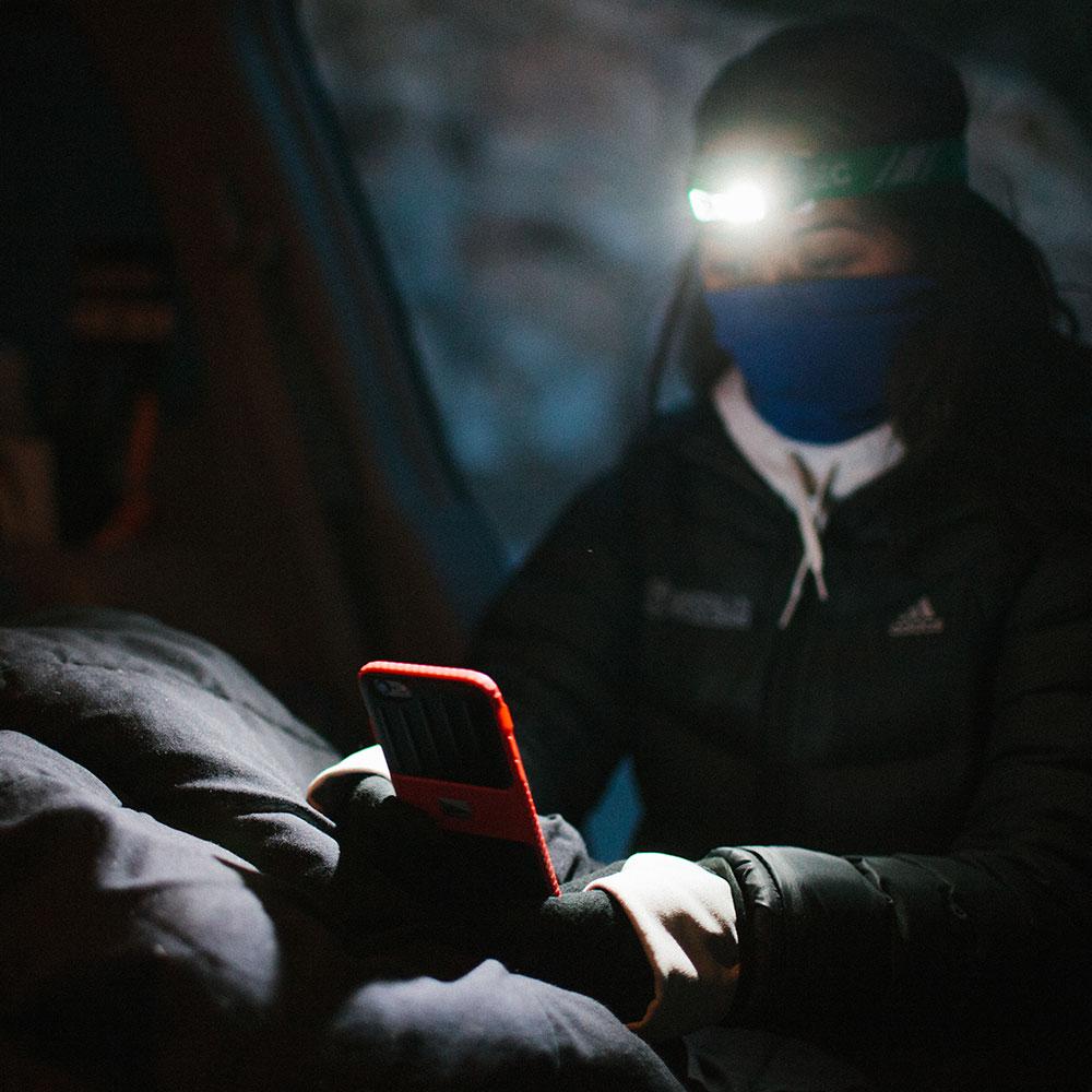 Lander Powell case in the dark