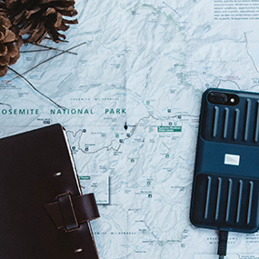 Moab case for iPhone 6/6s/7/8 in hand shot